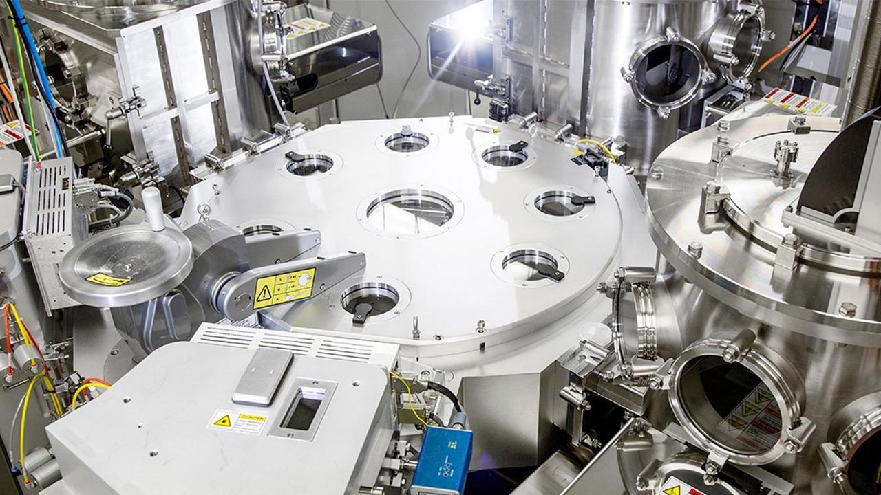 عرضه دستگاه لایهنشانی اتمی مجهز به پلاسما