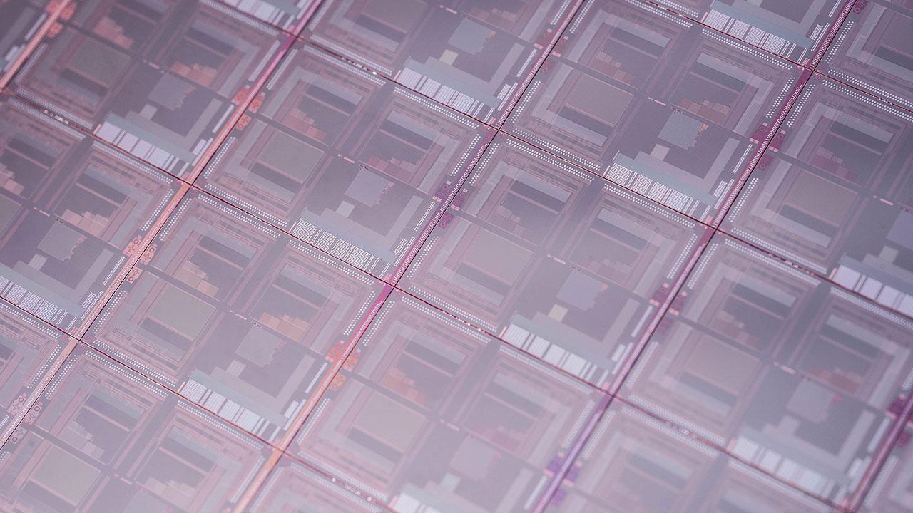 ساخت شناساگر نوری مادون قرمز با استفاده از نقاط کوانتومی