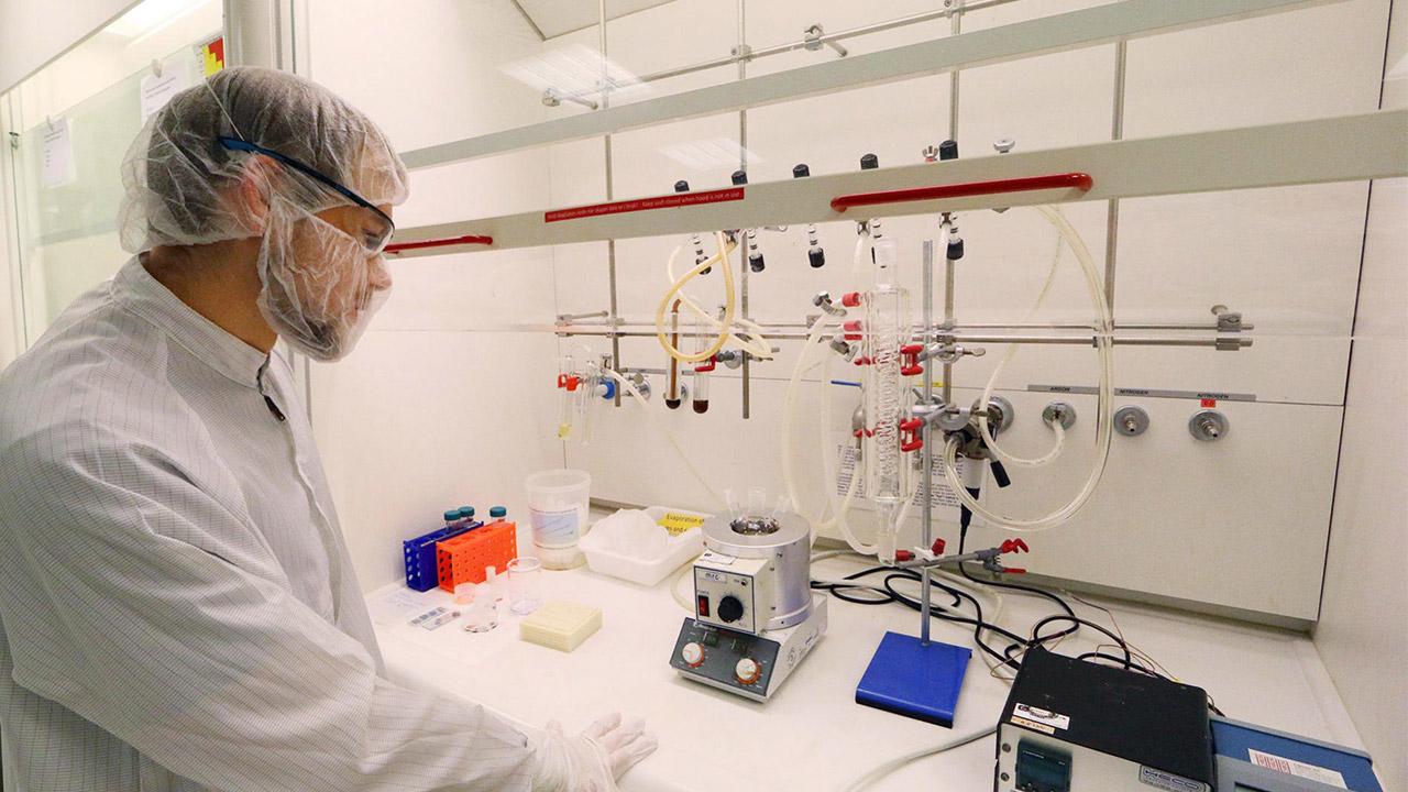 خودآرایی نانومکعبها با مغناطیس برای ایجاد ساختارهای پیچیده
